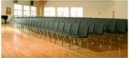 Ana stol rækkeopstilling med polstret og upolstret Ana stole. Vi giver gerne det bedste tilbud på en Ana stol.